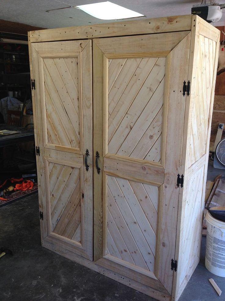 Repurposed Pallet Gun Cabinet