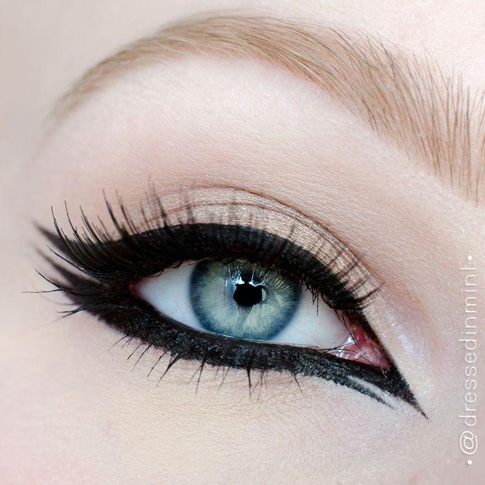 """GRAPHIC eyeliner"" by Dressed-In-Mint using the Makeup Geek eyeshadow Homecoming."