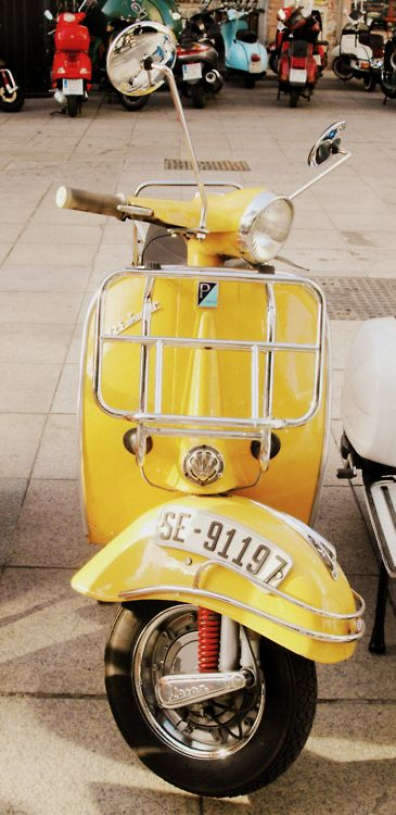 the yellow Vespa motorcycles and scooter - wedding-hairstyles - Motorrad Scooters Vespa, Motos Vespa, Lambretta Scooter, Motor Scooters, Vespa Motorcycle, Piaggio Vespa, Vintage Vespa, Motos Vintage, Vintage Cars