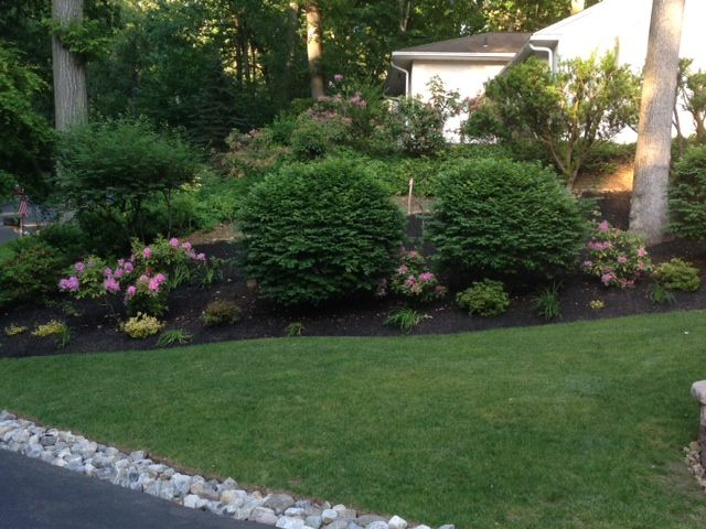 Spring 2014 A New River Rock Border Between The Lawn And