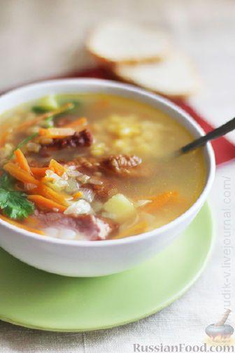 Фото к рецепту: Гороховый суп на копченых ребрышках