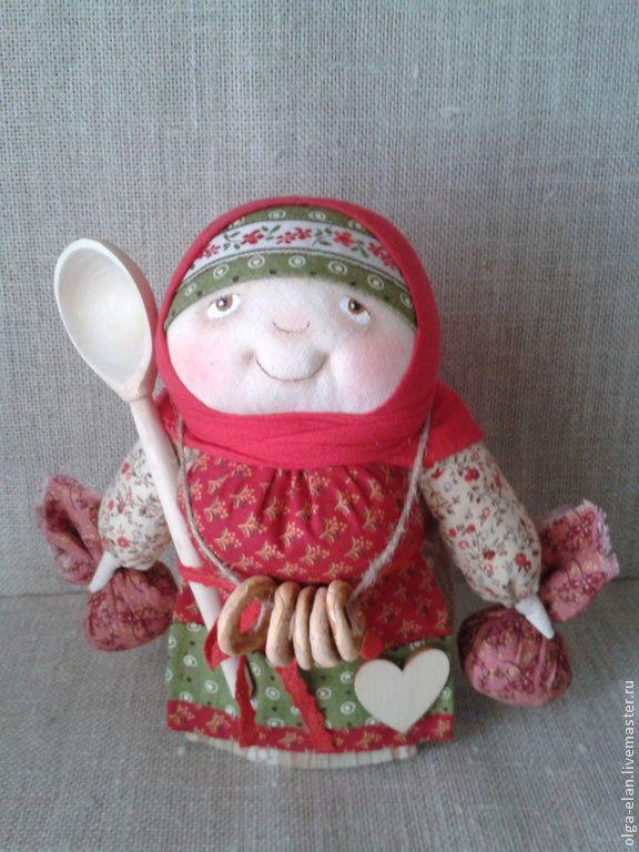 Добрая Хозяйка - добрая хозяйка,ложка,народная кукла,Баранки,коралловый
