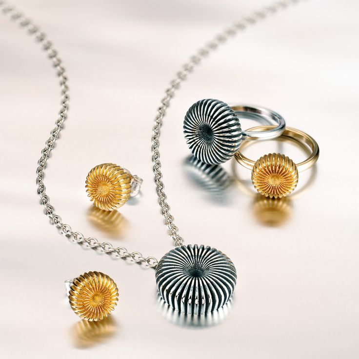 Kalevala Koru / Kalevala Jewelry / SWIRL design Vesa Nilsson