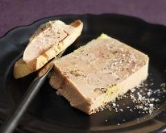 Foie gras au torchon fait maison (facile, rapide) - Une recette CuisineAZ