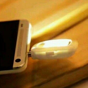 Đèn led flash hỗ trợ chụp hình điện thoại cực nét