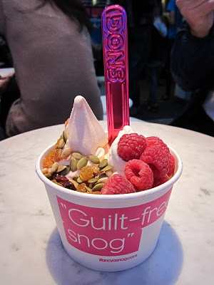 SNOG Frozen Yogurt ( and smoothie) bar London. Sugar free, low fat.  One of my favourite places to eat. Their blueberry and ginger smoothie is seriously the best you'll ever taste!!