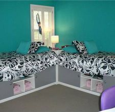 cute idea for two girls sharing a room..