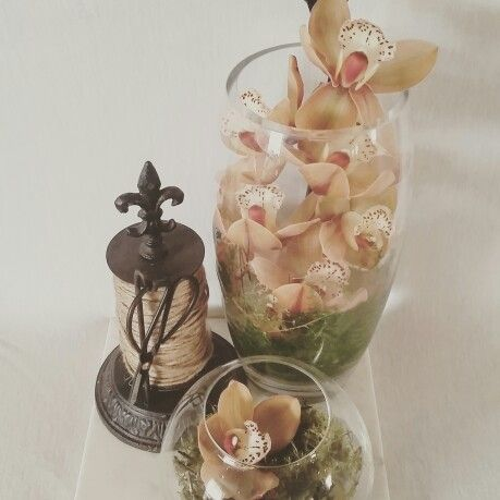 Corporate flowers by flora and fauna events.