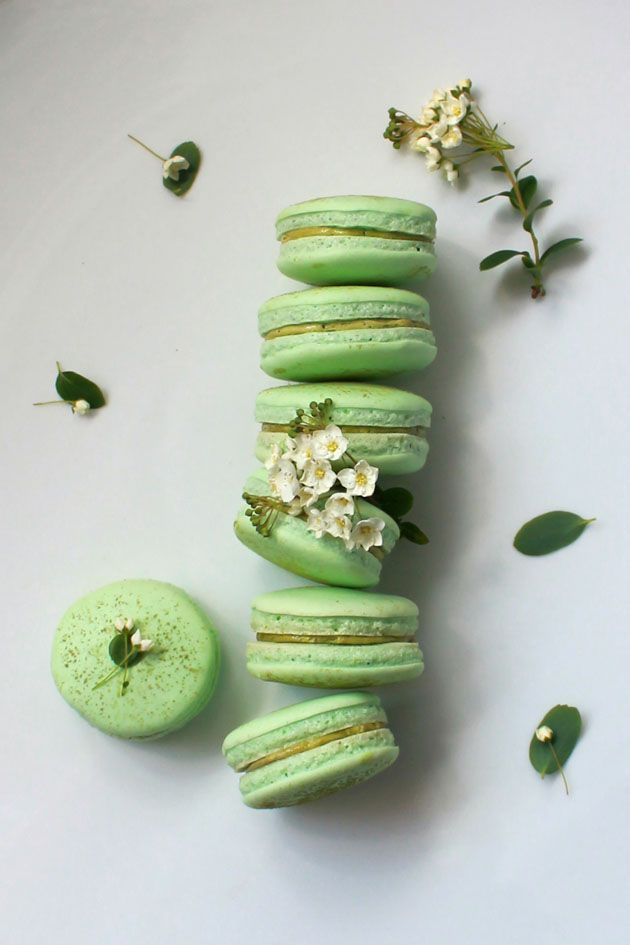 Matcha Green Tea Macaroons