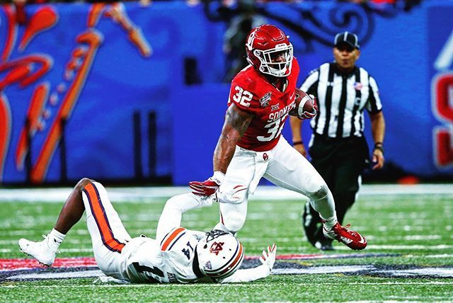 Congrats to Samaje Perine for becoming OU's all time rushing leader!! Also, congrats and best of wishes as he announced he will declare for the 2017 NFL Draft. We will all miss him at OU, he was a true Sooner and represented the University incredibly well. #Perine #BoomerSooner ⭕️