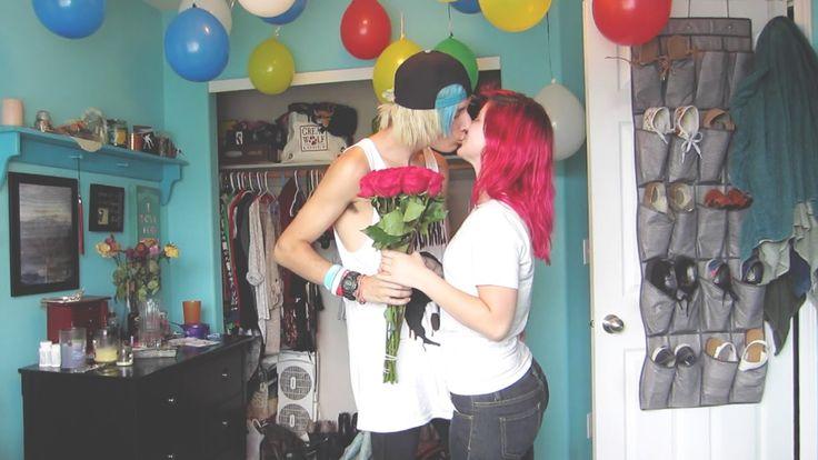 Boyfriend Surprises Girlfriend - Chris Ryan - http://promiserings.nyc/boyfriend-surprises-girlfriend-chris-ryan/