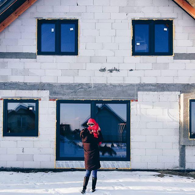 Nasze Marzenie. Nasz Dom. Nasze miejsce na ziemi  #budujemydom #building #budujemysie #rodzicewsieci #budowa #budowadomu #blogrodzinny #naszemiejsce #naszemiejscenaziemi #instamatki #domwzdrojowkach #rodzicewsiecibudujadom #naszabudowa #dom #scandilovers #winterfun