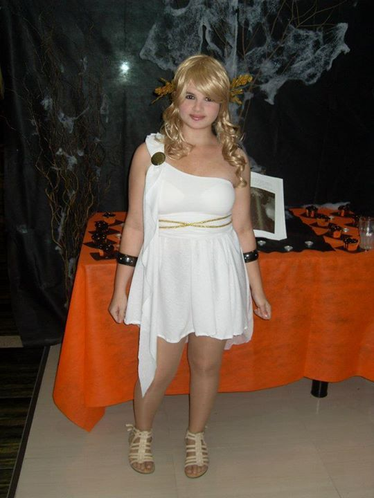 Halloween party 2011 h-sama blog cupcakes, pumpkins and decoration amini-chan greek goddess