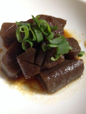 楽天が運営する楽天レシピ。ユーザーさんが投稿した「こんにゃくステーキ」のレシピページです。しっかり味付けで美味しく(*^_^*)。こんにゃくステーキ。板こんにゃく,牡蠣醤油,みりん,ネギ