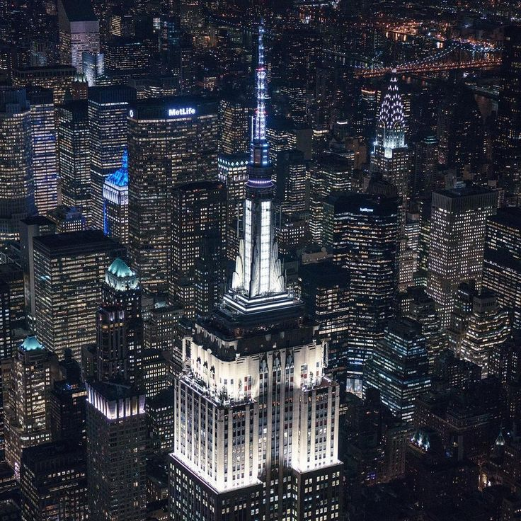 492 best Christmas in NYC images on Pinterest Travel Traveling