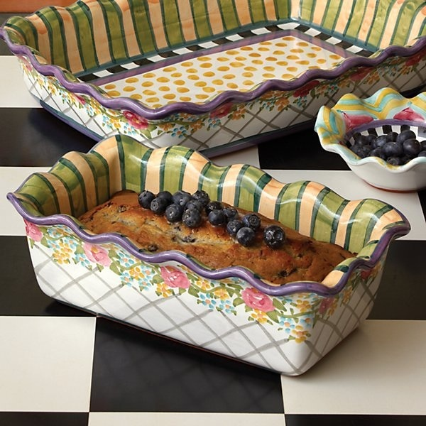 The Farmhouse Loaf Pan - a kitchen staple!