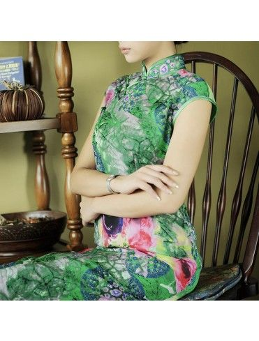 #764511 #AnnularRings #Qipao #Cheongsam -  Green Asian Dress Featured with Natural Floral Pattern. Boutique of Chinese asian qipao - cheongsam costume,  chinese cheongsam,  cheongsam chinese,  online cheongsam,  cheongsam online,  cheongsam malaysia,  cheongsam in malaysia,  cheongsam shop,  wedding cheongsam,  cheongsam wedding,