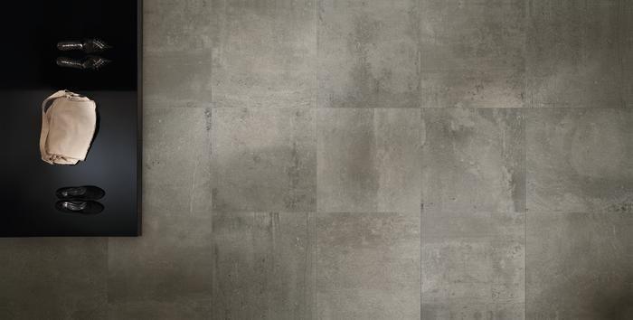 Prachtige nieuwe grijze betonlook in 60x60 (15) Tegelhuys