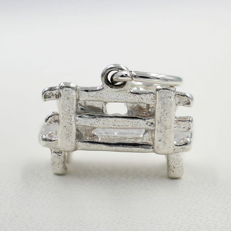 https://flic.kr/p/Piwfak | Lovers Bench Charm for Sale- Chain Me Up - Jewellery Store | Follow Us : www.chain-me-up.com.au  Follow Us : www.facebook.com/chainmeup.promo  Follow Us : twitter.com/chainmeup  Follow Us : followus.com/chain-me-up