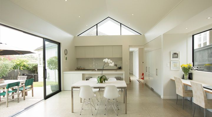 Auckland renovation in Meadowbank by Rogan Nash Architects