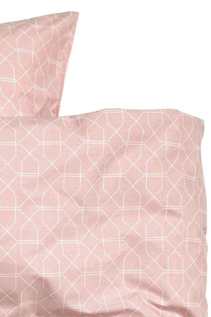 17 meilleures id es propos de couette carr sur pinterest patchwork d butant mod les de. Black Bedroom Furniture Sets. Home Design Ideas