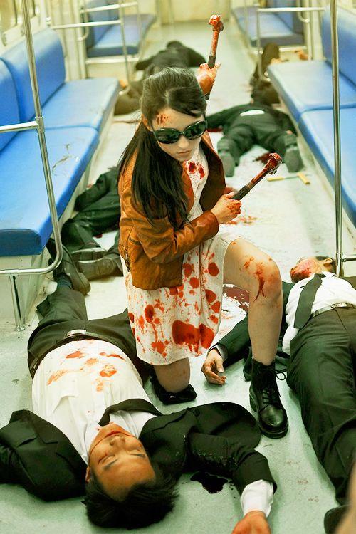 julie estelle as hammer girl - The Raid 2