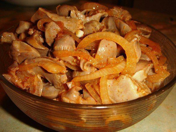 Фирминный салат на закуску холодные