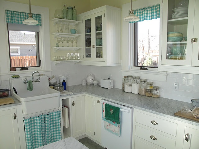 Love the sink curtain.Vintage Farms Sinks Beautiful, Farmhouse Dreams, Kitchens Accent, Vintage Sinks, Kitchens Inspiration, Kitchens Ideas, Cabinets Hardware, Turquoise Kitchen, Farm Sinks