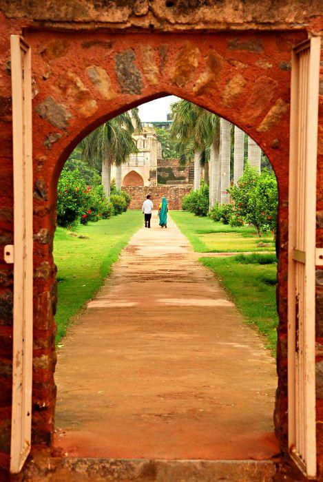 (via The Secret Garden, a photo from Delhi, North | TrekEarth)  New Delhi, India