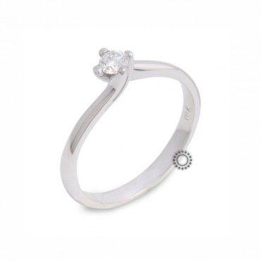 Μονόπετρο δαχτυλίδι φλόγα με Brilliant από Κ18 λευκόχρυσο με διεθνή πιστοποίηση IGL   Μονόπετρα δαχτυλίδια στο κατάστημα ΤΣΑΛΔΑΡΗΣ στο Χαλάνδρι #μονοπετρο #μπριγιαν #λευκοχρυσο