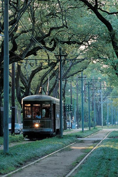 A question for you: I'm heading to New Orleans next month for a girls' weekend. What are your must-do and must-see and must-eat tips? :: From Foders - Reasons why New Orleans should be on your travel list.