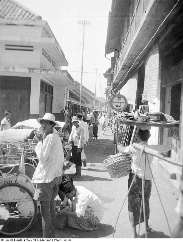 Straatbeeld van Surabaya, Indonesië (1950) Indonesia