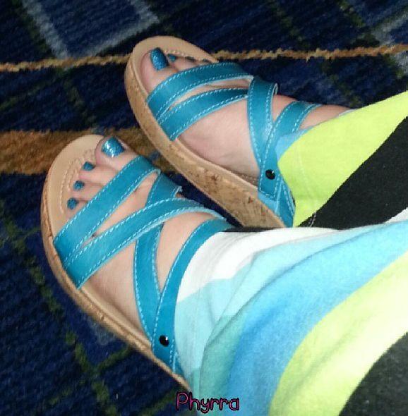 Chicago BlogHer 2013 Recap. Croc wedges #crocs #crocstyle #teal #blue @Crocs Shoes Shoes