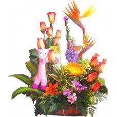 Ramo ARCOIRIS - Precio $110,200   Consigue los más exclusivos Arreglos Florales de Bogota en: http://www.BodegonDeLasFlores.com
