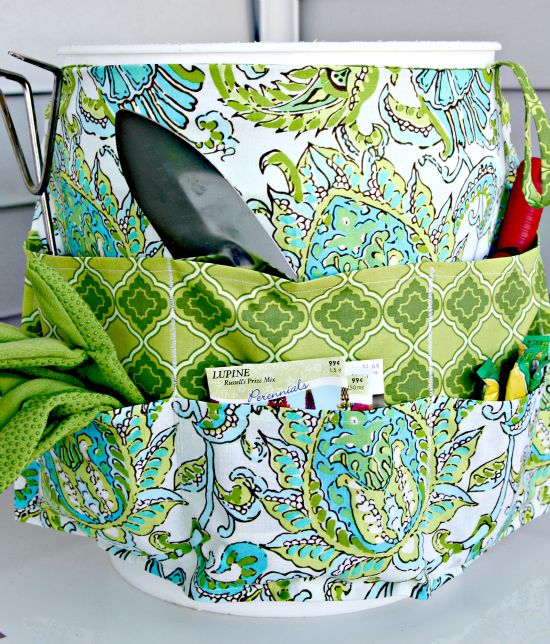 easy to make garden tote apron like cover for 5 gallon bucket good gift idea for gardening friends scale it down for over a coffee can or something