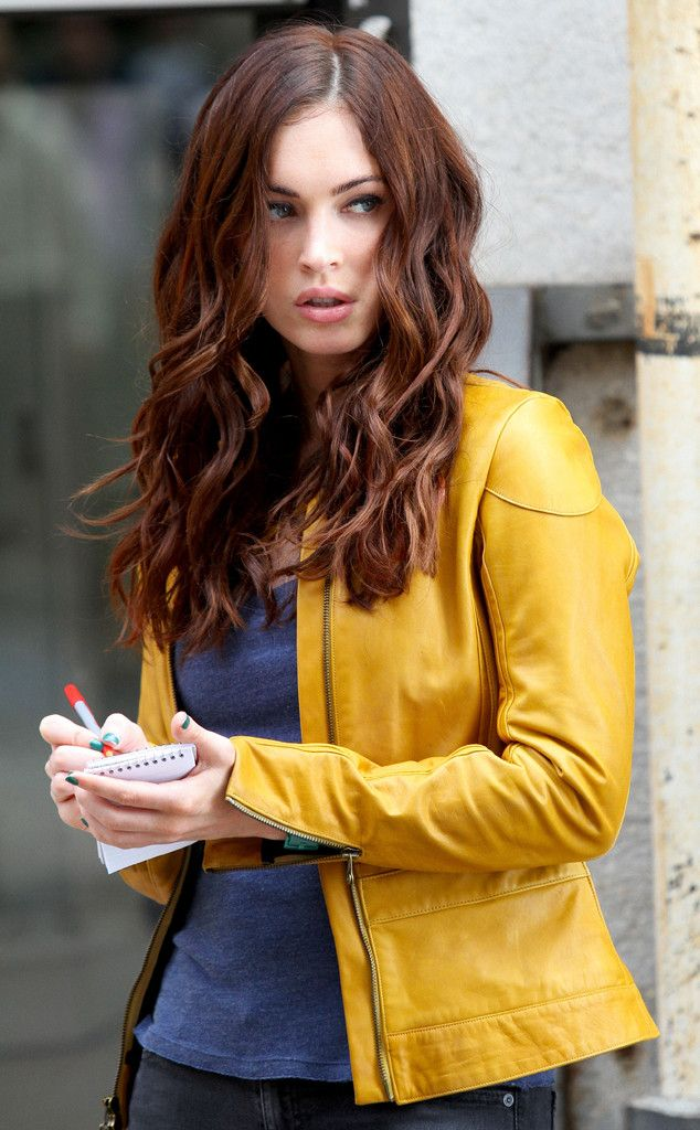 We're loving this ultra-rich, mahogany-toned brunette shade on Megan Fox! The mahogany tones complement her fair skin for a gorgeous, flattering effect. Find your own perfect #haircolor blended just for you at www.eSalon.com