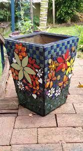 Resultado de imagen de pots in mosaic