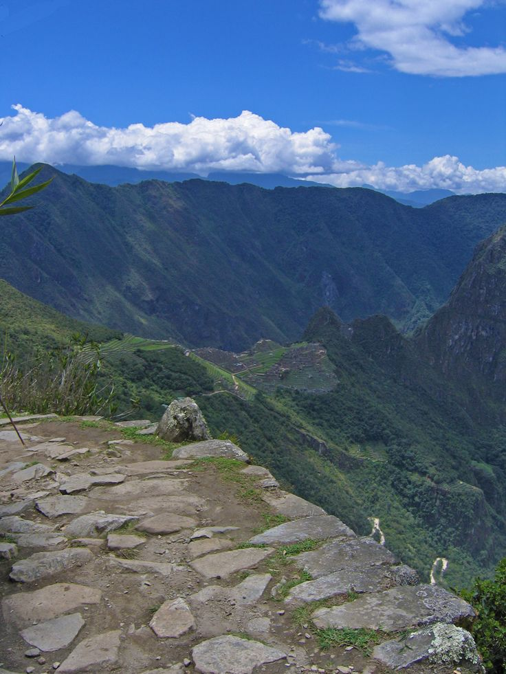 Not everyone is up for a 4-day camping/hike on the Inca Trail. We found the best way to hike the Inca Trail – a day trip that you'll remember forever.