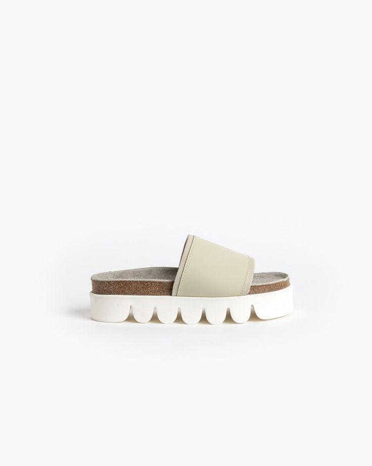 Caterpillar Shoe in White