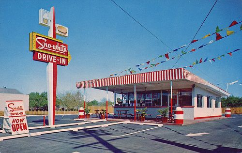 sno-white drive-in modesto california