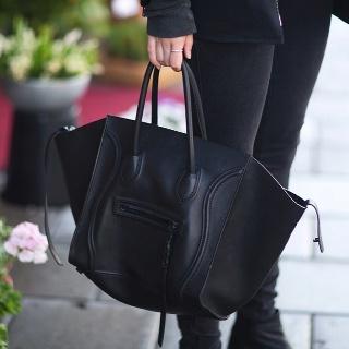 Bag by CelineBlack Celine, Handbags Fashion, Celine Handbags, All Black, Celine Bags, Leather Totes, Accessories, Céline Bags, Celine Phantom