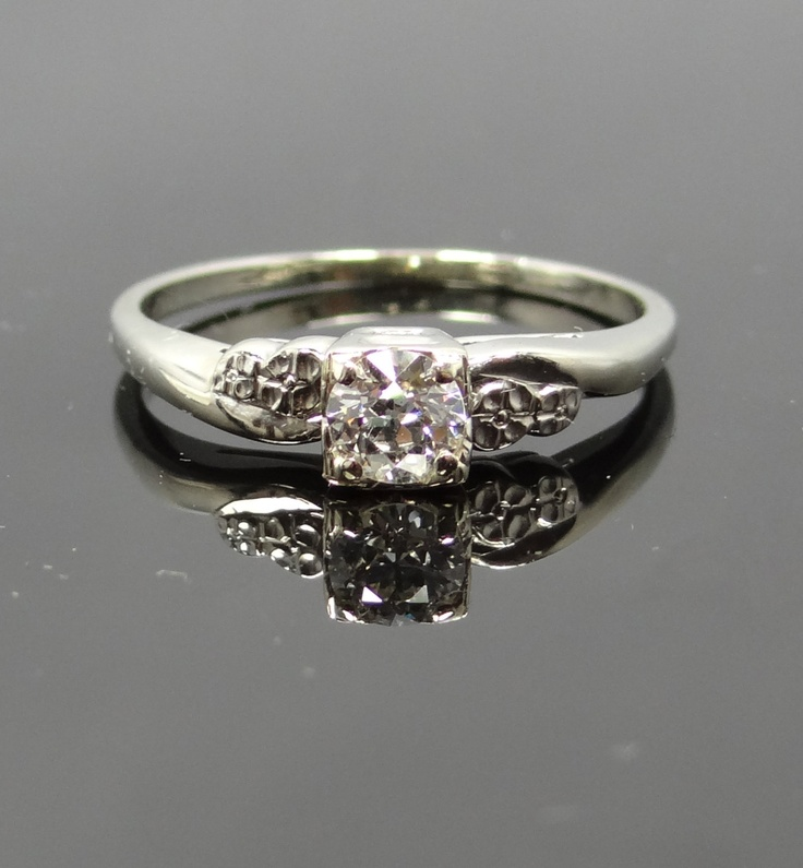 Pretty For Me Not Sweeping 1960s Diamond Engagement Ring RGDI225P