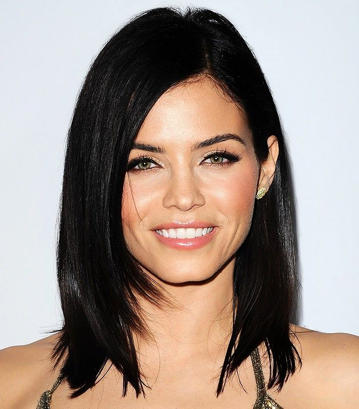 Jenna Dewan-Tatum rocked peachy cheeks and lush lashes