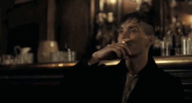"""There are 15 Reasons You Should Be Watching """"Peaky Blinders"""" and they are all Cillian Murphy as Thomas Shelby"""