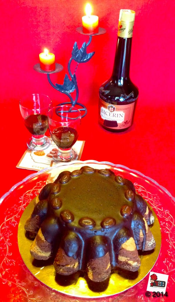 Marble cake with a traditional warm touch concoction native to Turin, Italy: Bicerin