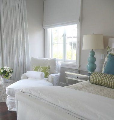 Nice pop of colour with the white: Beaches Rooms, Coastal Interiors, Green Accent, White Bedrooms, Master Bedrooms, Beaches Houses, Guest Rooms, Bedrooms Ideas, Beaches Bedrooms