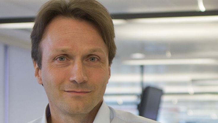 Kuriewr.at | 20.06.2016: Das knappe Zeitbudget der Nutzer respektieren. Der renommierte Digitalstratege Wolfgang Blau über Facebook, Postings und die Zukunft des Journalismus.