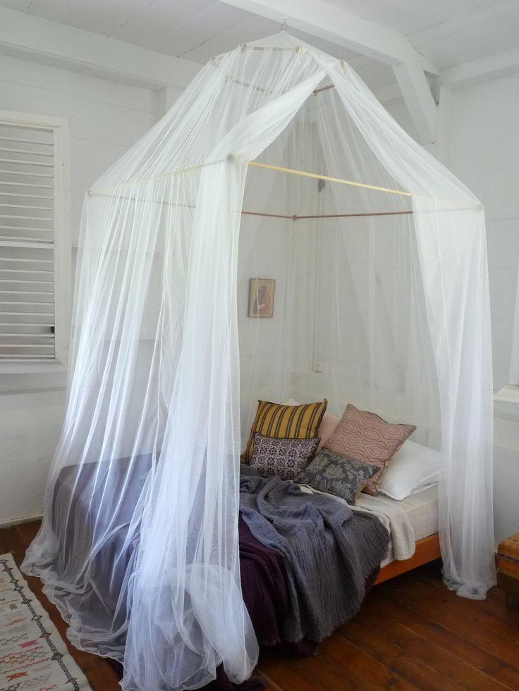 #moustiquaire #antilles - chambre d'amis d'une maison coloniale