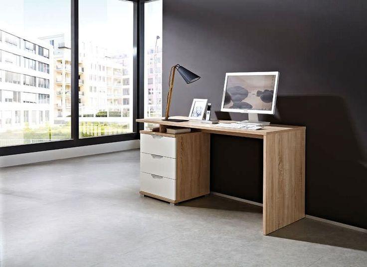 Design bureau Holz is onmisbaar in jouw woonkamer, slaapkamer of werkkamer. Door het functionele ontwerp kun jij jezelf volledig concentreren op je werk of studie.  De stijlvolle afwerking geeft het design bureau een eigentijdse uitstraling waardoor hij perfect matcht met jouw interieur.  Het houten bureau heeft een vaste ladeblok met drie ruime lades. De lades kun je ideaal gebruiken om je papieren, boeken of pennen netjes op te bergen.