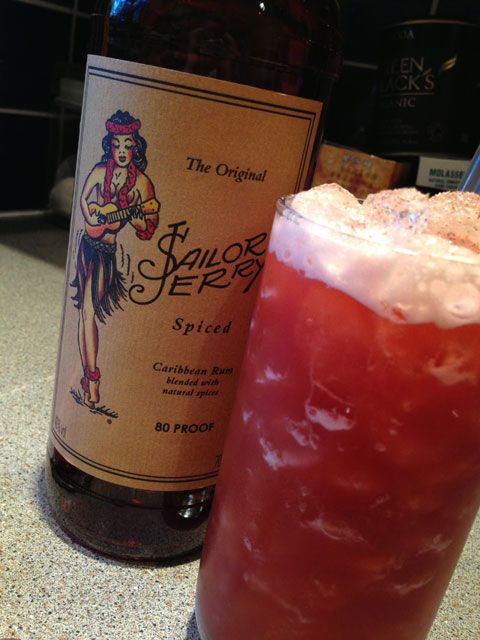 Heavy Punch – Sailor Jerry Spiced Rum Cocktail I Need this pleaseeee!